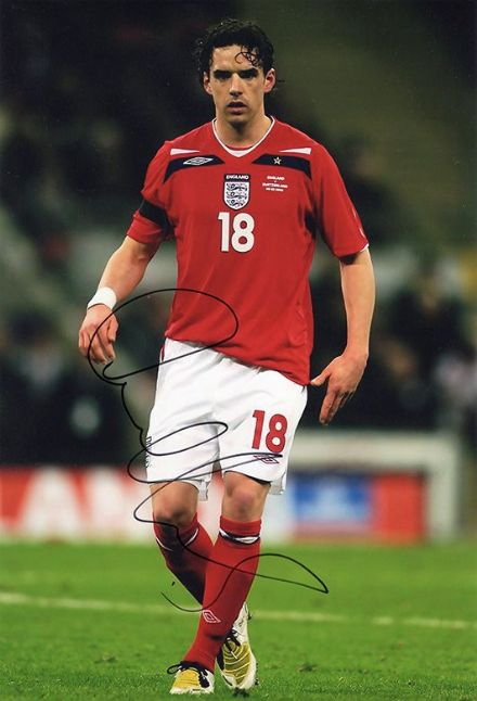 Owen Hargreaves, England, signed 12x8 inch photo.